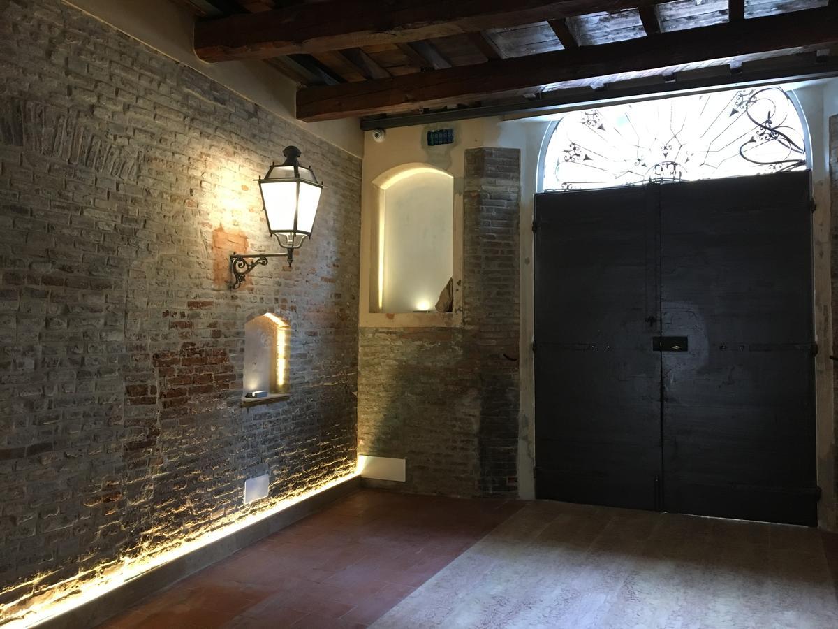 Restauro ex hotel ripagrande studio illuminazione esterna progetto